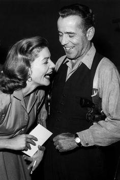 Lauren Bacall et Humphrey Bogart sur le tournage du film The Petrified Forest en 1955