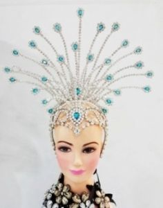Samba Custom Headdress Wire Frame Design with 5 Fire Hooks Custom New Fascinator Hats, Headpiece, Moulin Rouge Costumes, Carnival Headdress, Samba Costume, Carnival Costumes, Carnival Diy, Wig Hat, Feather Headdress