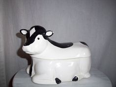 Vintage USA Pottery Cow Cookie Jar