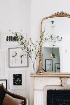Parisian Apartment Decor Secrets To Steal For A Chic Home Living Room Designs, Living Room Decor, Living Area, Home And Deco, Style At Home, Home Decor Inspiration, Decor Ideas, Decorating Ideas, Wall Ideas