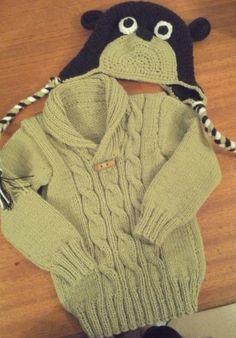 sweter y gorra de niño