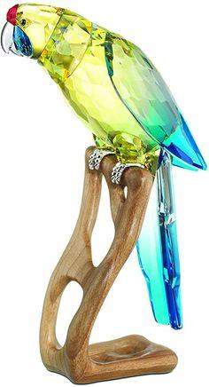 Swarovski Green Rosella Jonquil Mega Bird - With this exquisite Swarovski Green Rosella Jonquil Parrot - Parakeet masterpiece, combining innovation and. Swarovski Crystal Figurines, Swarovski Crystals, Cut Glass, Glass Art, Cristal Art, Crystal Kingdom, Glass Figurines, Glass Toys, Glass Animals
