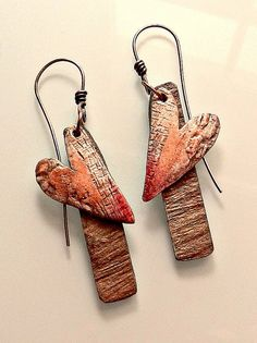 Valentine earrings, 2015 - polymer clay, acrylic and oil paints, slate veneer from Lillypilly Designs by Christine Damm, Stories They Tell Metal Clay Jewelry, Paper Jewelry, Ceramic Jewelry, Leather Jewelry, Jewelry Crafts, Polymer Clay Projects, Polymer Clay Earrings, Bijoux Fil Aluminium, Paper Earrings