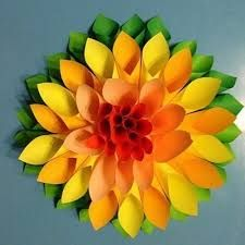 "Képtalálat a következőre: ""virágok papírból gyerekeknek"" How To Make Paper Flowers, Crepe Paper Flowers, Diy And Crafts, Crafts For Kids, Arts And Crafts, 3d Origami, Big Flowers, Wedding Flowers, Stamping Up"