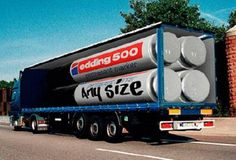 Using clever effects some companies really took their marketing campaigns to the next level with these 25 cool examples of truck advertising! Advertising Space, Creative Advertising, Advertising Design, Street Marketing, Guerilla Marketing, Krylon Spray Paint, Trailers, Pizza Truck, Big Rig Trucks