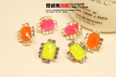 http://www.aliexpress.com/store/product/2013-lovely-Claw-chain-stud-earring-accessories-macaron-womens-candy-neon-color-hot-selling/239061_1412002637.html Find More Information about Brand New Fashion Korea Candy Color 18 K Gold Plated Cute Earring for Women Wedding/Party Jewelry Accessories Wholesale 2014,High Quality accessories swimming,China candy cream Suppliers, Cheap candy china from Hawaii Arts Jewelry