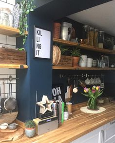 Wall colour with wooden worktops