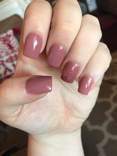 Best Nail Polish Colors of 2019 for a Trendy Manicure Solar Nails, Dipped Nails, Powder Nails, Cute Nail Designs, Perfect Nails, Nail Polish Colors, Manicure And Pedicure, Natural Nails, Toe Nails