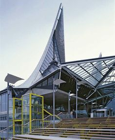 New Antwerp Court