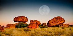 Pre-dawn shot of the Devils Marbles - Northern Territory - Australia. Western Australia, Australia Travel, Outback Australia, Marbles Images, Australia Landscape, Australian Capital Territory, Wanderlust, Australian Bush, Australia Photos