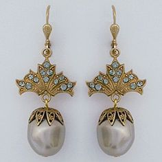 Grey Pearl Drop Earrings Designed by Catherine Popesco for La Vie Parisienne.  A bit deco, yet the grey pearl brings a vintage quality to these earrings.