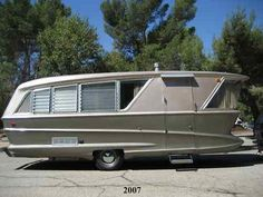 Rent an RV, motorhome, trailer, or campervan from Outdoorsy for your next adventure. Outdoorsy is the most trusted RV rental marketplace in the world Old Campers, Vintage Campers Trailers, Retro Campers, Vintage Caravans, Camper Trailers, Vintage Motorhome, Happy Campers, Vintage Airstream, Retro Caravan