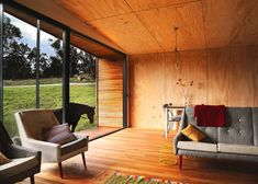 This relocatable weekend cottage by Branch Studio Architects was set in a pasture so that the clients could spend more time with their horse, George.