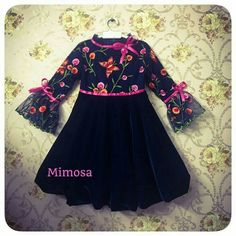 Source by shamsiya Blouses Frocks For Girls, Kids Frocks, Dresses Kids Girl, Cute Dresses, Kids Outfits, Frock Design, Baby Dress Design, Kids Blouse Designs, Party Kleidung