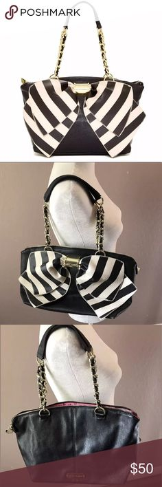 Betsey Johnson Oversized Bow Purse Gold Hardware Women's Betsey Johnson Purse  Brand: Betsey Johnson Color: Black, Cream, Gold Hardware Height: 10in. Width: 16in. Depth: 6in.  Condition: Excellent!  Worn a few times. No rips, holes, or stains. Betsey Johnson Bags Shoulder Bags
