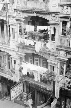 Tenement Building at Corner of Wyndham Street and On Lan Street
