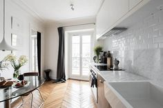 bright flat in Paris (via desire to inspire) - my ideal home...