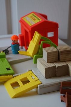 Anne's Odds and Ends: Fisher Price Friday - Lift and Load Lumber Yard #944 from 1979-1981. The blocks were made of real wood!