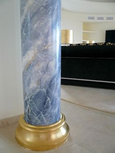 Marble Columns, Stone Columns, Brick And Stone, Ceiling Design, Wall Design, House Design, Columns Decor, Faux Painting Techniques, Recessed Ceiling Lights