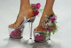 - No longer relegated to the platform pumps are back in full force this season. With the recent theme of fear-inducing, sky-high heels it. Creative Shoes, Unique Shoes, Weird Fashion, Fashion Shoes, Women's Fashion, Purple Fashion, Flower Fashion, My Big Fat Gypsy Wedding, Crazy Heels
