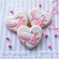 One of my favorite topics! Love to make cookies for baby shower! :