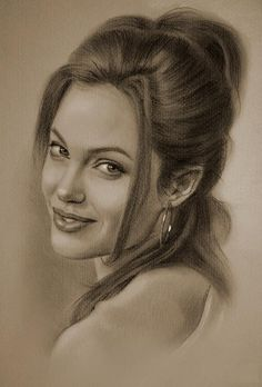 Angelina Jolie -Portrait au crayon 4 Plus Celebrity Drawings, Celebrity Portraits, Celebrity Pictures, Amazing Drawings, Beautiful Drawings, Amazing Art, Portrait Au Crayon, Pencil Portrait, Pencil Art