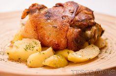 Sörös csülök | Recept | TESCO - Főzni jó Turkey, Chicken, Meat, Dinner, Food, Dining, Turkey Country, Food Dinners, Essen