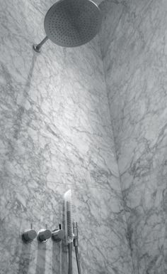 MFTB | Carrara White shower