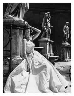 Avondjurk, Colosseum Rome 1952 Poster van Genevieve Naylor bij AllPosters.nl