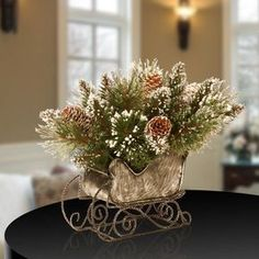 Christmas 40 Elegant Christmas Candles Decoration Ideas - Christmas is celebrated every year on December On this day, people decorate their house and host parties. There are enormous ways of decorating ho. Christmas Candle Decorations, Christmas Candles, Rustic Christmas, Christmas Home, Christmas Wreaths, Christmas Music, Christmas Sleighs, Green Christmas, Elegant Christmas Decor