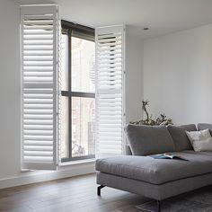 197 vind-ik-leuks, 7 opmerkingen - Veneta.com - Raamdecoratie (@veneta.com) op Instagram: 'ZWART-WIT | Vorige week lieten we je al een voorbeeld van zwarte shutters zien, vandaag zijn onze…' Shutters, Blinds, Curtains, Floral Embroidery, Mesh, Blouse, Sleeve, Home Decor, Instagram