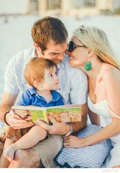 Lifestyle Family Portraits #Florida #Tampa #Clearwater #beach #mom #dad #son #family #portraits #laughter #natural #angelhephotography