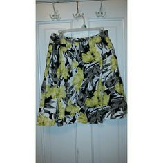 Gray, yellow, and white The Limited skirt Gray, yellow, and white The Limited skirt. Would look so cute this winter with a pair of black or gray tights! In great condition! 21.5 inches long. The Limited Skirts A-Line or Full