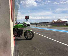 Moto utilisée par le team lors de l'European Endurance Legend Cup 2019 (EELC) sur le circuit Paul Ricard