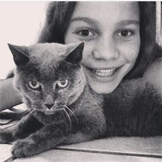 THATS SHAWNS OLD CAT JASMINE THAT DIED, HE SAID THAT IN A INTERVIEW AND Q AND A, RIP JASMINE