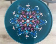 Mandala Dot Art Glass Coaster par Mandaladropsofjoy sur Etsy