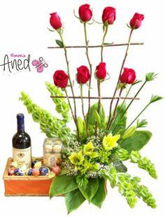 Rosas, chocolates y vino Pedidos 1703320 Cel 656 2779106