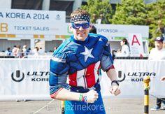 UMF에 캡틴 아메리카가 나타났다? 모든 이들의 시선을 사로잡은 그는 UMF의 영웅!