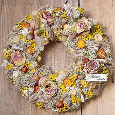 Beautiful autumn all natur wreath, dry flowers