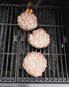 The best hamburger recipe takes your summer-time burger to the next level by adding irresistible flavor and a personal touch. Best Hamburger Recipes, Grill Pan, Grilling Recipes, Summer Time, Entrees, Main Dishes, Recipies, Touch, Desserts
