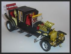The Munsters - Full Detailed Munster-Koach Paper Car Free Download