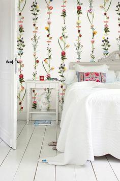 PiP Flower Garland wallpaper   Wallpower 3   Wallpaper   PiP Studio