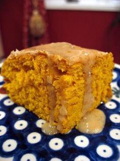 Pumpkin Cake   comefeedme