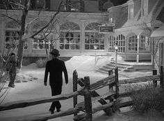 "A Classic White Christmas in the Movie ""Holiday Inn"" – Hooked on Houses Holiday Inn on Set 4"
