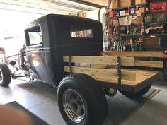 rat rod international #trucks Rat Rod Cars, Hot Rod Trucks, Pedal Cars, Cool Trucks, Big Trucks, Semi Trucks, Rat Rod Pickup, Old Pickup, Pickup Trucks