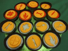 Team Fortress 2 Cupcakes! Very easy and VERY tasty!