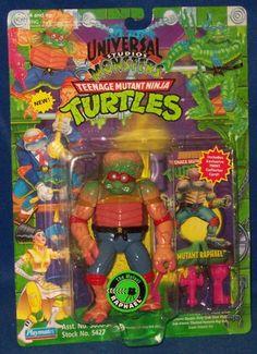 Universal Monsters TMNT Raphael as The Metaluna Mutant