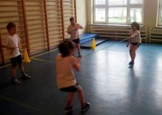 Klasa pierwsza w akcji po zdrowie. Basketball Court, Sports, Hs Sports, Sport