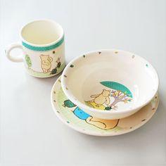 #Disney #Classic Winnie the Pooh Three Piece Nursery Set, including a matching mug, bowl and plate.