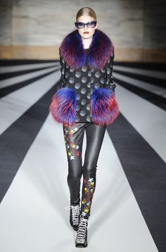 Matthew Williamson RTW Fall 2014 - Slideshow - Runway, Fashion Week, Fashion Shows, Reviews and Fashion Images - WWD.com